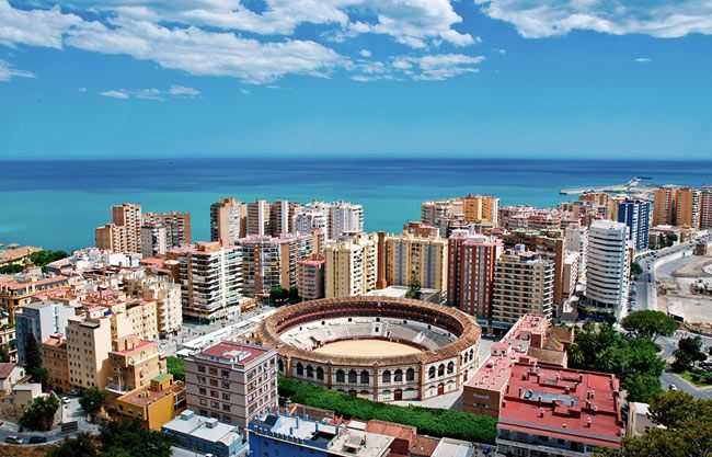 Tour Booking Taxi Marbella por Málaga
